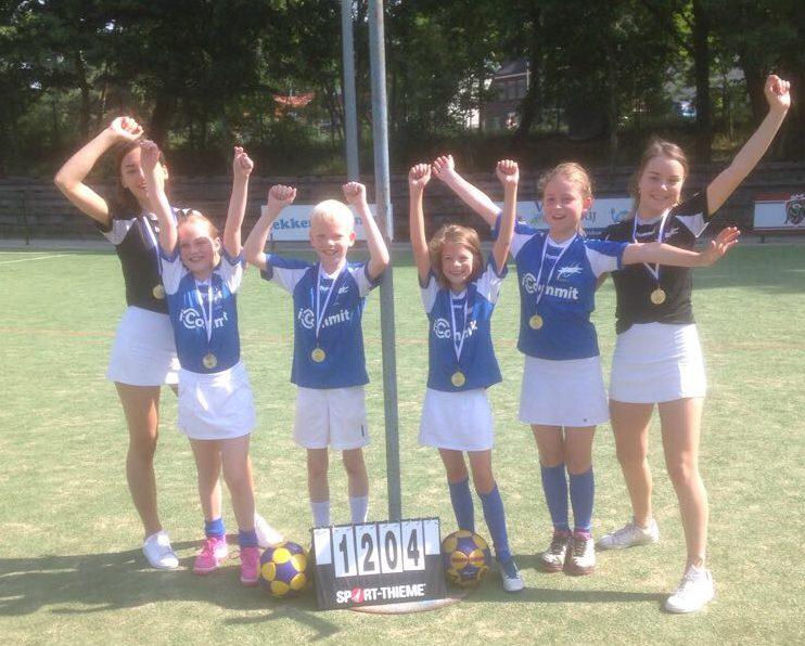 Oost-Arnhem E2 kampioen